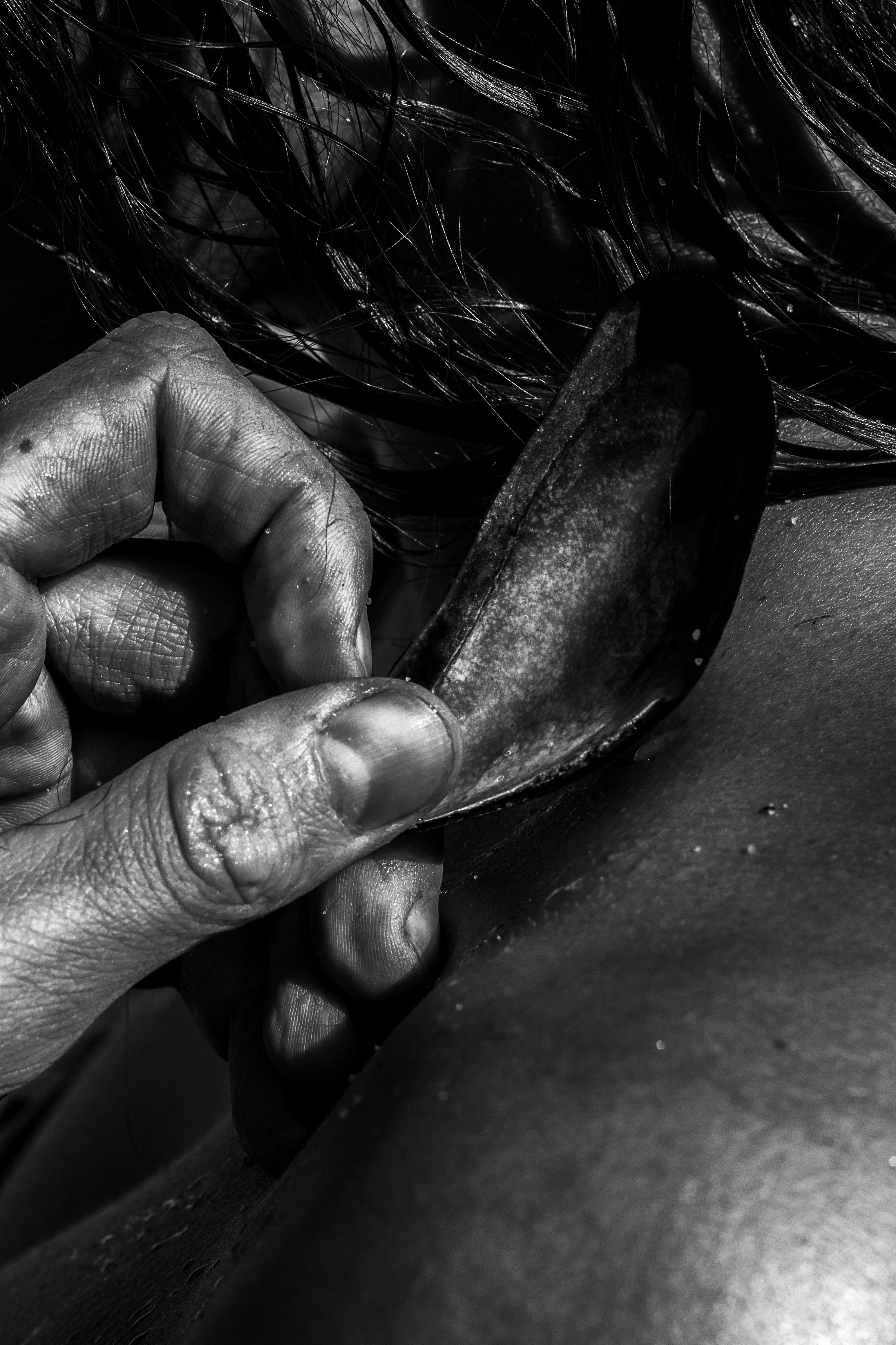 Hand black & white